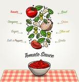Ingredientes de la salsa de tomate que caen abajo Foto de archivo