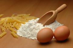 Ingredientes de las pastas Imagen de archivo