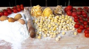 Ingredientes de las pastas italianas Fotografía de archivo