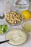Ingredientes de Mayo del anacardo verticales Foto de archivo