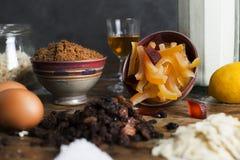 Ingredientes del pudín de la Navidad imagen de archivo libre de regalías