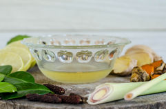 Ingredientes do alimento picante tailandês, tom yum imagens de stock royalty free