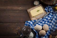 Ingredientes do cozimento, espaço livre - fundo do alimento Imagens de Stock Royalty Free