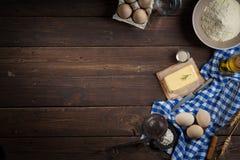Ingredientes do cozimento, espaço livre - fundo do alimento Fotos de Stock
