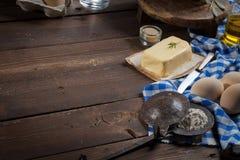 Ingredientes do cozimento, espaço livre - fundo do alimento Fotografia de Stock