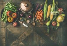 Ingredientes do outono para a preparação do jantar do dia da ação de graças, espaço da cópia Imagem de Stock