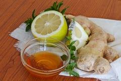 Ingredientes doridos do remédio da garganta Foto de Stock Royalty Free