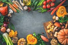 Ingredientes dos vegetais do outono para a ação de graças saboroso ou o Christma Fotografia de Stock