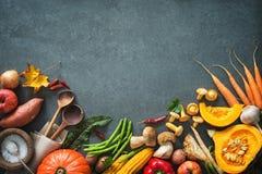 Ingredientes dos vegetais do outono para a ação de graças saboroso ou o Christma Fotos de Stock