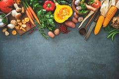 Ingredientes dos vegetais do outono para a ação de graças saboroso ou o Christma Foto de Stock Royalty Free