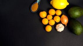 Ingredientes frescos del Guacamole Foto de archivo libre de regalías