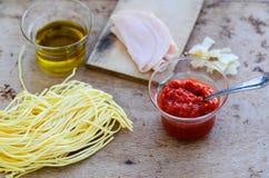 Ingredientes italianos de las pastas Fotos de archivo