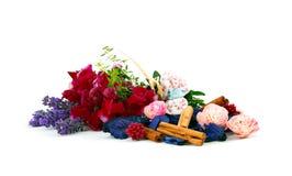 Ingredientes misturados para scent os sacos de linho imagem de stock royalty free