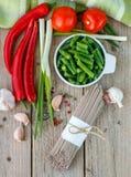 Ingredientes para cozinhar o soba do japonês dos macarronetes do trigo mourisco Foto de Stock
