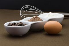 Ingredientes para la torta hecha en casa Imágenes de archivo libres de regalías