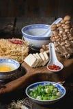Ingredientes para los ramen asiáticos de la sopa Imagen de archivo libre de regalías