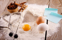 Ingredientes para a massa de pão Fotografia de Stock