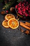 Ingredientes para o cozimento e as bebidas do Natal Fotografia de Stock