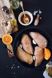 Ingredientes: pollo con las naranjas y la miel Fotografía de archivo
