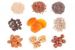 Ingredientes saudáveis como o ferro da fonte, os ácidos da ômega, as vitaminas, os minerais e a fibra fotografia de stock royalty free