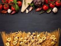 Ingredientes tradicionais da culinária italiana Foto de Stock