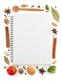 Ingredienti alimentari e libro di ricetta fotografia stock libera da diritti