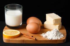 Ingredienti dei dessert Immagini Stock Libere da Diritti