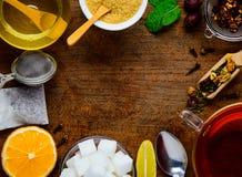 Ingredienti del tè come struttura Fotografie Stock Libere da Diritti