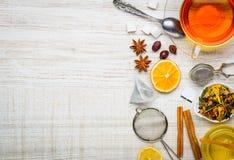 Ingredienti del tè e spazio della copia Immagine Stock