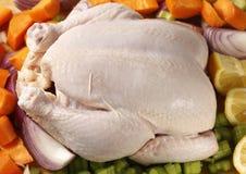 Ingredienti dell'arrosto fatto in pentola e del pollo da sopra Immagini Stock Libere da Diritti