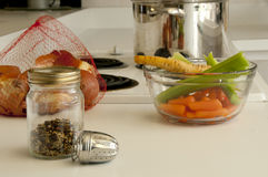 Ingredienti della minestra pronti a fare Fotografie Stock Libere da Diritti