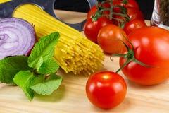 Ingredienti di alimento italiani Fotografie Stock Libere da Diritti