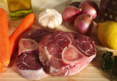Ingredienti di Ossobuco orizzontali Immagine Stock