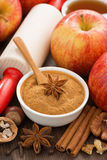 Ingredienti e spezie per la torta di mele bollente, vista superiore Immagini Stock Libere da Diritti