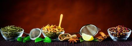 Ingredienti ed utensili del tè Immagini Stock