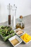 Ingredienti freschi dell'insalata di pollo Immagini Stock Libere da Diritti