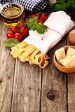 Ingredienti freschi per pasta italiana Fotografia Stock