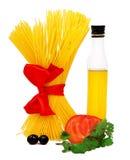 Ingredienti grezzi della pasta Fotografie Stock