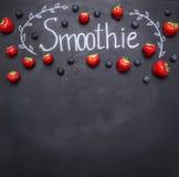 Ingredienti organici freschi del frullato Superfoods e salute o concetto dell'alimento di dieta della disintossicazione concetto  fotografia stock libera da diritti