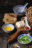 Ingredienti per il ramen asiatico della minestra Fotografie Stock
