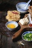 Ingredienti per il ramen asiatico della minestra Fotografia Stock