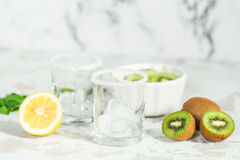Ingredients for smoothies from kiwi Royalty Free Stock Photos