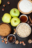 Ingredients and spices for apple pie Royalty Free Stock Photos