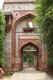 Ingresso al complesso di Humayun, Delhi, India di Ki Saray dell'arabo fotografia stock libera da diritti