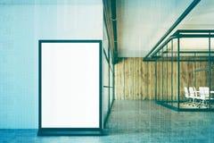 Ingresso bianco e di legno dell'ufficio, manifesto, doppio Fotografia Stock Libera da Diritti