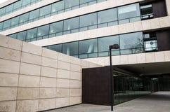 Ingresso dell'edificio per uffici Fotografie Stock