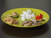 Ingridients tailandesi dei frutti di mare sul piatto Immagine Stock Libera da Diritti