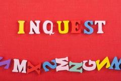 INGUEST-ord på röd bakgrund som komponeras från träbokstäver för färgrikt abc-alfabetkvarter, kopieringsutrymme för annonstext Arkivfoton