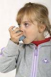 Inhalación Foto de archivo libre de regalías
