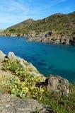 Inham met duidelijk water in Middellandse Zee Stock Foto's